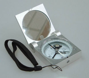 चीन Silver Color Survey Instruments' Accessories Geology Metal Handheld Compass आपूर्तिकर्ता